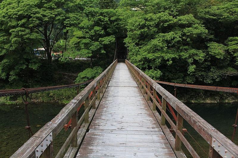 神戸のサプライズプロポーズ 恋のつり橋