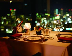 大阪gardenのサプライズプロポーズ ホテルオークラ神戸レストランエメラルド