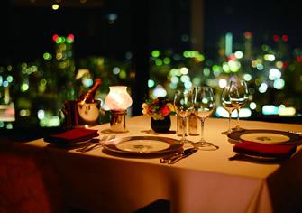 神戸のサプライズプロポーズ ホテルオークラ神戸レストランエメラルド