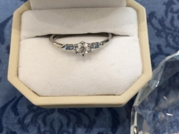 尼崎市 The KISS の婚約指輪をご成約いただきました