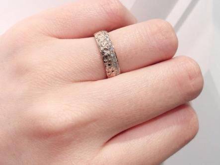 明石市 MAILE【マイレ】の婚約指輪をご成約頂きました。