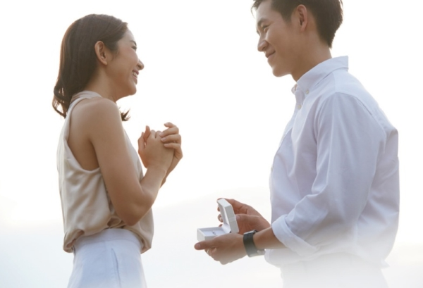 【神戸でリメイク】母からもらった婚約指輪をジュエリーリフォーム☆彼女が喜ぶデザイン5選でプロポーズ!