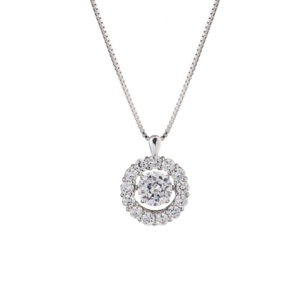 成人祝いにダイヤモンドネックレス