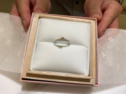 兵庫県加古川市 gardenオリジナルの婚約指輪、Something Blueとet.luの結婚指輪をご成約頂きました